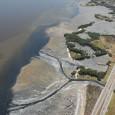 O Banco Interamericano de Desenvolvimento (BID) aprovou empréstimo de US$ 452 milhões para a melhoria da coleta de esgotos nos municípios afluentes da Baía de Guanabara. A verba proporcionará o […]