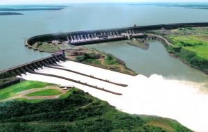 ''Belo Monte é o símbolo do fim das instituições ambientais no Brasil''