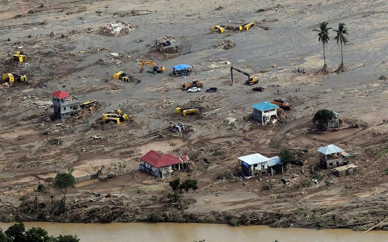 Número pode aumentar, uma vez que equipes de resgate ainda não conseguiram alcançar todas as áreas atingidas.