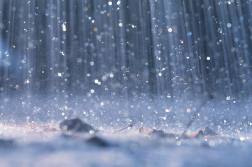 Chuva forte fecha Aeroporto de Congonhas por quase uma hora