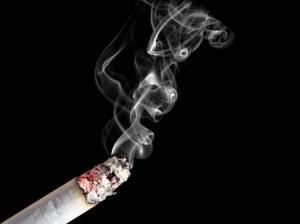 Lei proíbe fumo em locais fechados em todo o Brasil