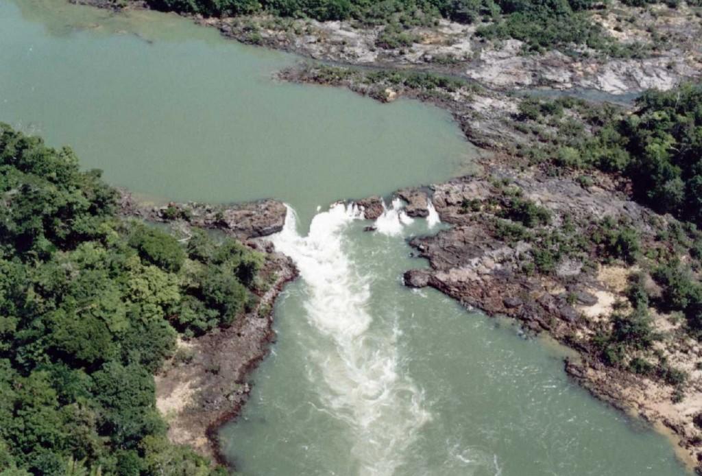 Derrubada da decisão que exigia o cumprimento de ações de minimização dos impactos socioambientais da hidrelétrica pode causar prejuízos irreparáveis, afirmam procuradores.