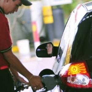 A bióloga Elba Bon, acredita que em 10 anos o combustível renovável estará nas bombas dos postos de abastecimento, misturado ao atual álcool de primeira geração