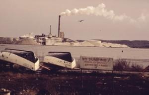 Uma fábrica da Dow Chemical às margens do Lago Michigan, nos Estados Unidos. Foto: Domínio público