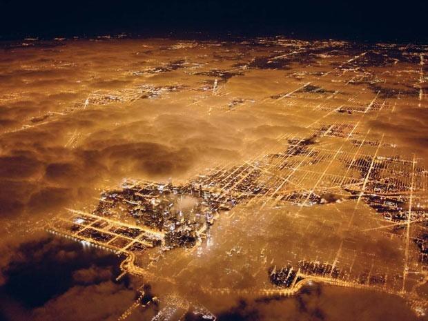 ista aérea da cidade de Chicago, nos Estados Unidos. País tem a quinta maior pegada ecológica, ou seja, é a quinta nação que mais consome recursos naturais, de acordo com o relatório do WWF. (Foto: National Geographic Stock/Jim Richardson /WWF)