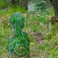 Uma instalação com seis silhuetas em tamanho real – três femininas e três masculinas – se camufla entre as árvores do parque florestal Queen Elizabeth, na Escócia. O trabalho se […]