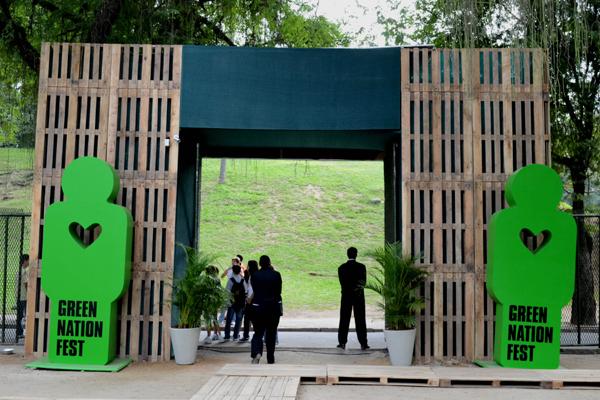 Festival interativo leva visitantes a experimentar situações de desastre ambiental
