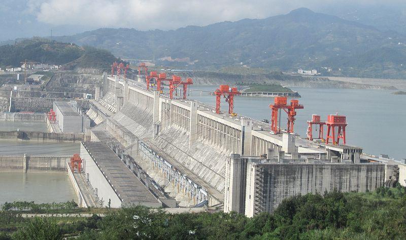 Imagem: Usina hidrelétrica chinesa Três Gargantas / Wikimedia commons