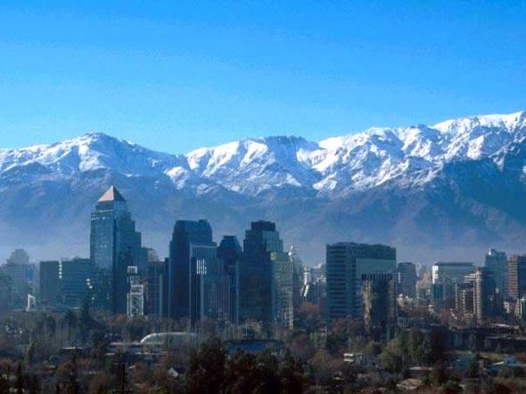Santiago do Chile: o governo vai construir mais 11 reservatórios de água para ampliar em 50% a capacidade de armazenamento no país