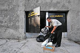 Apenas 15% dos domicílios pernambucanos separam o lixo para a coleta seletiva