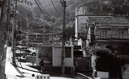 Moradores do Morro da Providência foram capacitados para criar hortas orgânicas em casa Fotos: Illuminaut
