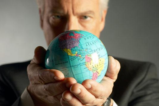 Brasileiro, relator de direitos humanos, recebe prêmio de liderança global