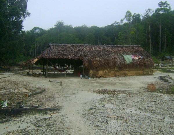 Na área local encontrados quatro abrigos (Foto: Divulgação/2ª Brigada de Infantaria de Selva)