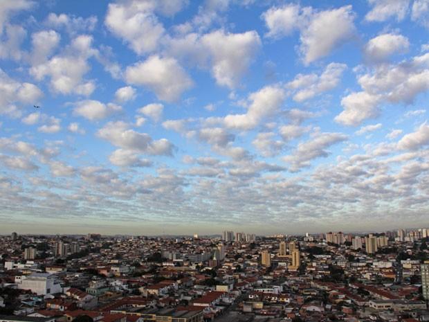 Cientistas querem saber como as nuvens influenciam a elevação da temperatura da Terra (Foto: Milene Cardoso/Brazil Photo Press/AE)