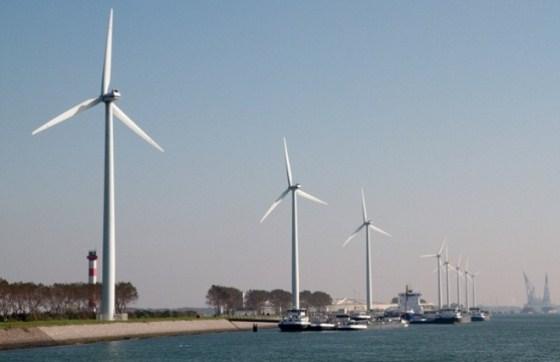 Atualmente, 57% da energia consumida no país é obtida por usinas nucleares. Somente 4% da eletricidade é produzida em parques eólicos