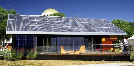 Energia solar em casa hoje permite que não se tenha que pagar nada na conta de luz no fim do mês e até ficar com crédito com a distribuidora de energia. Veja como