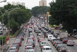 Motoristas expostos à poluição estão mais propícios a infarto, afirma estudo