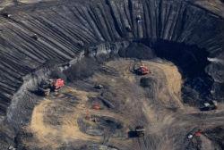 James Hansen alerta para os riscos climáticos de explorar o petróleo das areias betuminosas e o gás de xisto