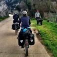 """A viagem de bicicleta do arquiteto Argus Caruso rendeu o livro """"Caminhos"""" e também foi a inspiração para que o casal brasileiro Karla e André Cerri decidisse pedalar pelo mundo. […]"""