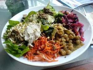 Segundo a docente da Unifil, Graziela Maria Gorla Campiolo, quanto menos restrita for a dieta maior é a possibilidade ser nutricionalmente adequada.