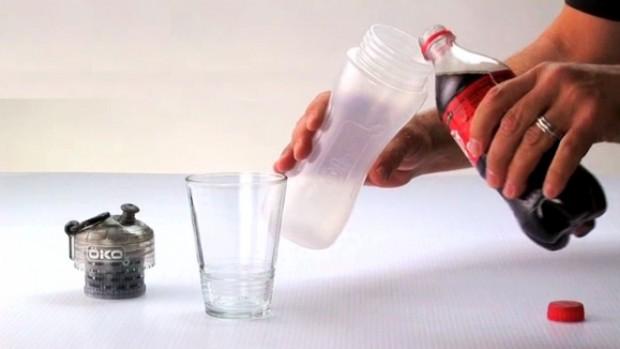Utilizando tecnologia da NASA, garrafa filtra até 99,9% das propriedades que contaminam a água.