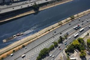 Acordo firmado entre Alckmin e Hollande renova a esperança de que o maior rio de SP seja despoluído.  Foto :Fernando Stankuns/Flickr