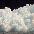 A aceleração do degelo do Ártico está derretendo o subsolo congelado sob edifícios e estradas da Sibéria ao Alasca, elevando os níveis dos mares globais e alterando os padrões de […]